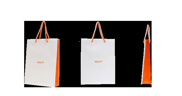 IT関連企業様の紙袋の事例を紹介します【B-165】
