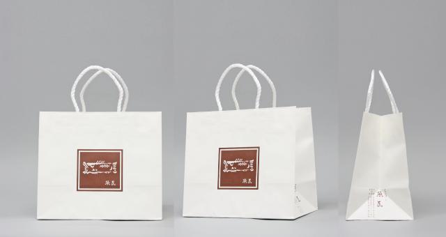 日本料理店様の紙袋の事例をご紹介します【B-214】
