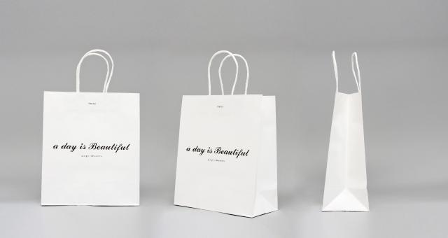 セレクトショップ様の紙袋の事例をご紹介します【B-229】