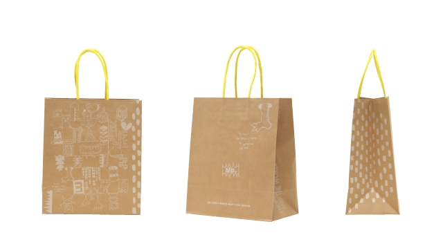 カジュアル系のアパレルショップ様のオリジナル紙袋の制作事例